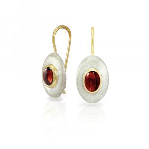 Surfboard earrings Garnet in matte silver and yellow gold by Scarab Jewellery Studio