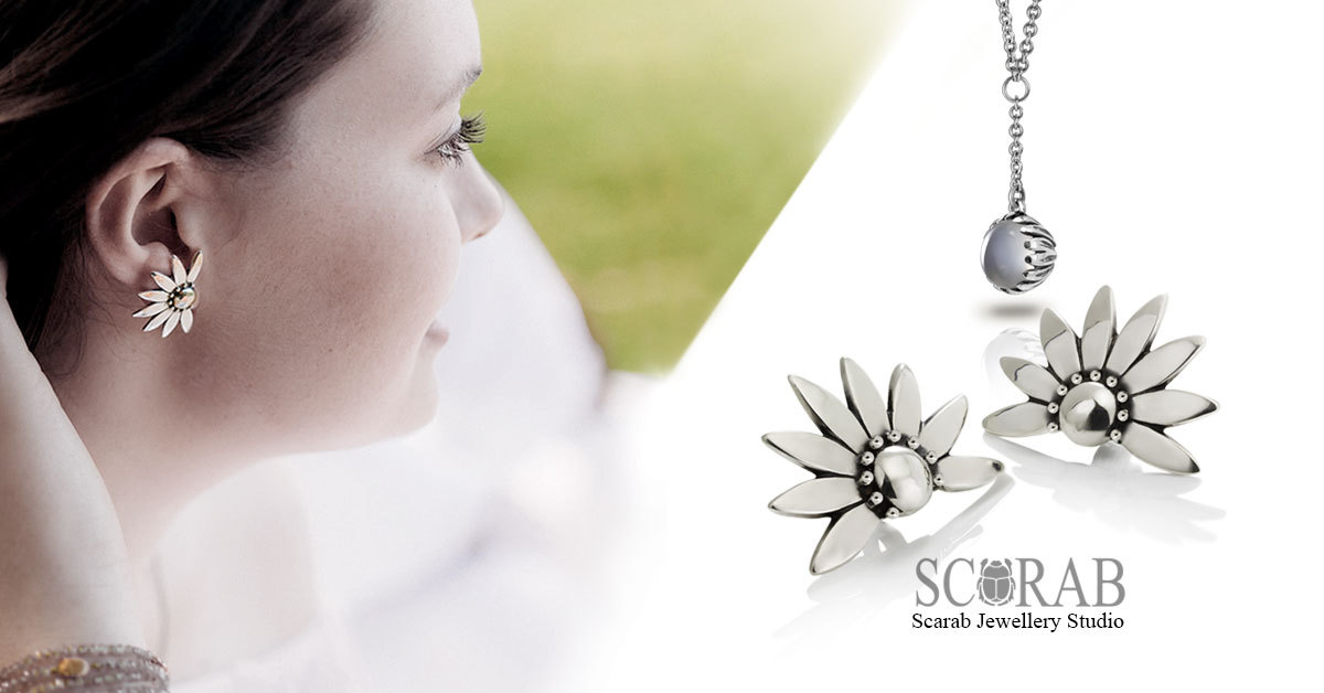 Silver Namaqua Daisy moonstone pendant and Silver Dandelion earrings - Summer Delicious Discounts